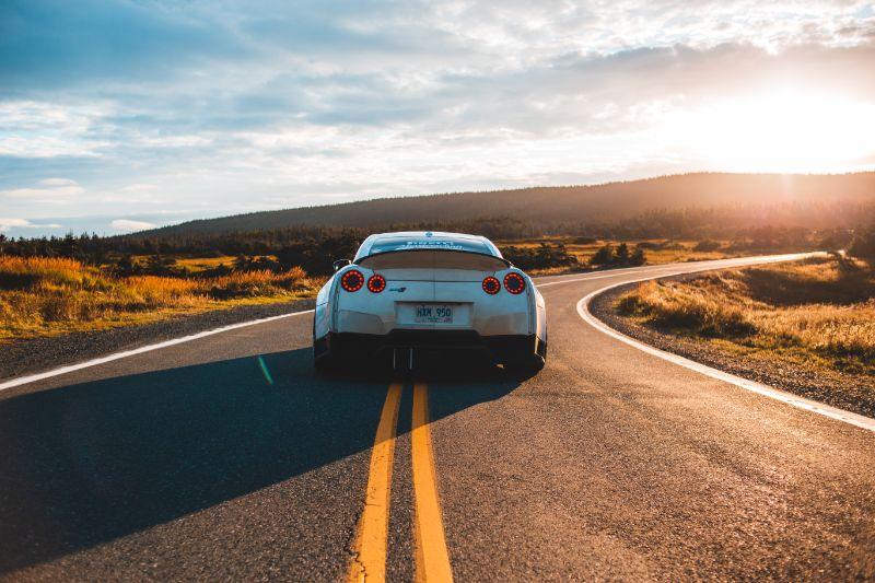אתרים ורכבים - מה הקשר ביניהם? קצת על עלות בניית אתרים לעסקים